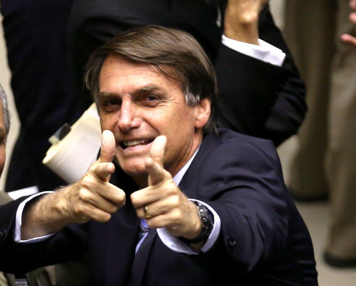 controversy on jair bolsonaro and leonardo dicaprio